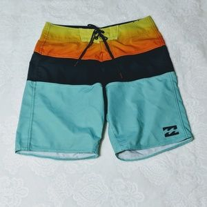 Billabong Platinum X  size 28 swim shorts